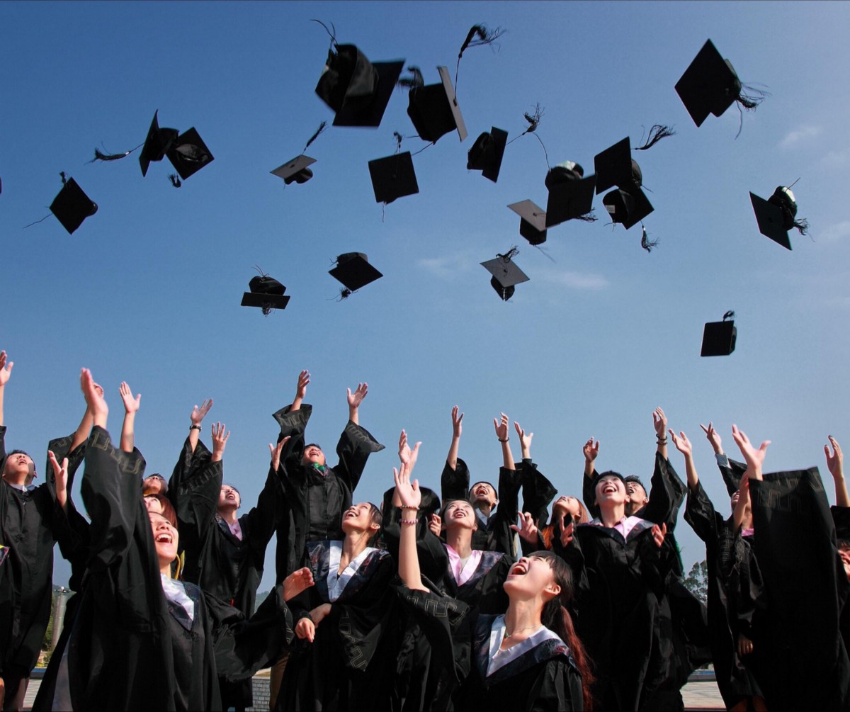 Life After College   What no one tells you About Life After You Graduate