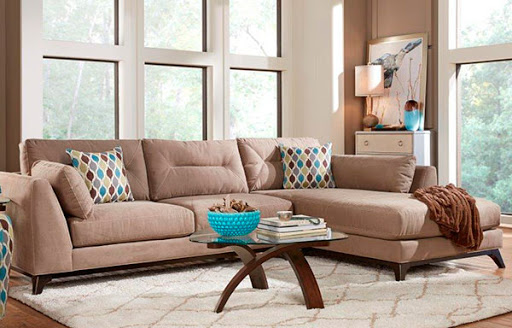 HM Richards Furniture Sofa